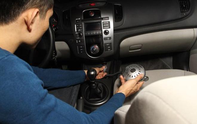 Nguyên nhân cháy xe ô tô : Dùng bừa thiết bị điện